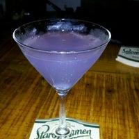 Photo prise au Lush Lounge par Liz.v le10/14/2012