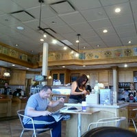 Photo taken at The Coffee Bean & Tea Leaf by David O. on 9/15/2012