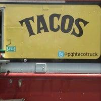 Foto diambil di PGH Taco Truck oleh Gerry E. pada 5/18/2013