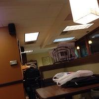 Foto scattata a Bella Rosa Coffeehouse da Tyler H. il 1/3/2014