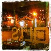 รูปภาพถ่ายที่ Oli's Room โดย Jose F. A. เมื่อ 12/9/2012