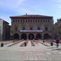 Foto tomada en Pueblo Español por Harry C. el 3/16/2013