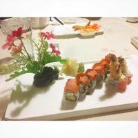 Das Foto wurde bei Feng Japanese Steak, Hibachi & Sushi House von Sarah W. am 12/4/2016 aufgenommen