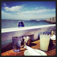 6/14/2013にJonathan L.がPier 23 Cafeで撮った写真