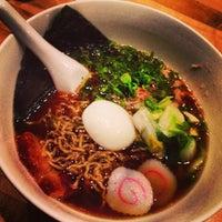 Foto tirada no(a) Momofuku Noodle Bar por John V. em 6/16/2013