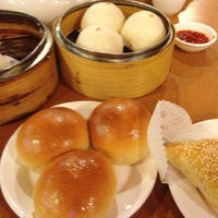 8/4/2013 tarihinde Joan B.ziyaretçi tarafından China Pearl Restaurant'de çekilen fotoğraf
