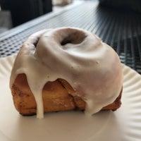 Foto scattata a Little Pearl da Food D. il 2/20/2018