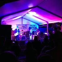 Photo prise au Clive Bar par Joshua L. le3/14/2013