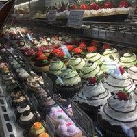 Moreno Bakery - Bakery in Bloomingdale Ridge