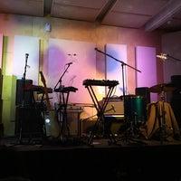 Foto diambil di Music Garage oleh Christian T. pada 3/25/2016