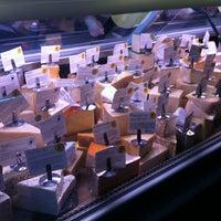 Foto tomada en Antonelli's Cheese Shop por Michael C. el 1/17/2013