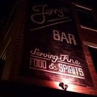 8/24/2013にMikey I.がJerry's Barで撮った写真