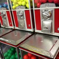 Das Foto wurde bei 76 Golf World von heidi d. am 12/28/2012 aufgenommen