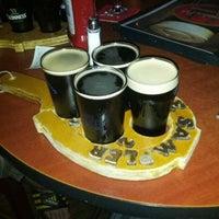Photo prise au Horseshoe Pub & Restaurant par Brian B. le7/28/2013