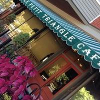 10/11/2012にLuluがLe Petit Triangle Cafeで撮った写真