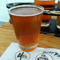 8/14/2014 tarihinde Robert A.ziyaretçi tarafından Beach City Brewery'de çekilen fotoğraf
