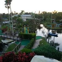 Foto scattata a 76 Golf World da Josh B. il 11/11/2012