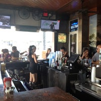 Foto diambil di Bru's Room Sports Grill - Deerfield Beach oleh Dave M. pada 9/19/2012