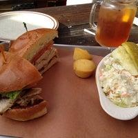 Photo prise au Butcher Bar par Rachelle L. le9/29/2012