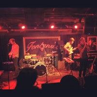 รูปภาพถ่ายที่ Fontana's Bar โดย Douglas B. เมื่อ 10/17/2012