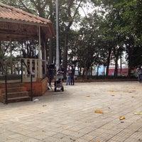 Das Foto wurde bei Praça Dom Orione von Alessandra H. am 10/12/2012 aufgenommen