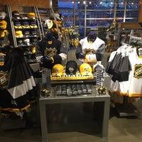 timeless design afd24 e6acc Nashville Predators Team Store - Souvenir Shop