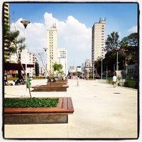 Das Foto wurde bei Praça Franklin Roosevelt von DJ JAMJAM am 10/7/2012 aufgenommen