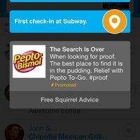 Foto tirada no(a) Subway por Jon P. em 12/19/2013