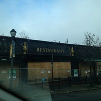 Foto tirada no(a) Hibernian Pub por Going Diamond Y. em 12/29/2012