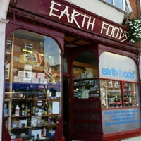Photo prise au Earth Foods par Vincent Z. le6/11/2014