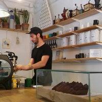 Photo prise au Nømad Coffee Lab & Shop par LaL le6/18/2015