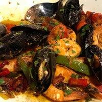 Photo prise au Elia Mediterranean Restaurant par Mixalis N. le8/3/2018