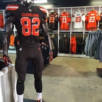 cleveland browns pro shop locations