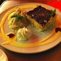 Das Foto wurde bei Restaurant Cafe Bleibtreu von Kücük H. am 10/3/2012 aufgenommen