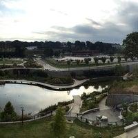 Foto tomada en Historic Fourth Ward Park por Jacklyn B. el 9/20/2014