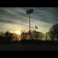 Photo prise au DeWitt Clinton Park par George M. le3/10/2013