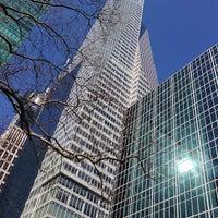 Foto tirada no(a) Bank of America Tower por George M. em 2/15/2013