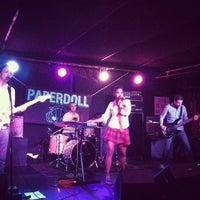 Photo prise au Mercury Lounge par Drew K. le9/14/2012