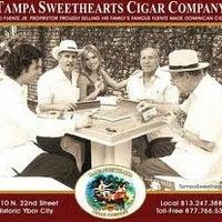 11/8/2012 tarihinde Jason J.ziyaretçi tarafından Tampa Sweethearts Cigar Co'de çekilen fotoğraf