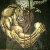 Foto scattata a Bull Bar da Fatma Ipek B. il 5/30/2013