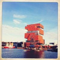 1/12/2013にherberellaがMAS | Museum aan de Stroomで撮った写真
