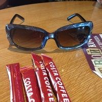 Снимок сделан в Costa Coffee пользователем Julia D. 3/10/2013