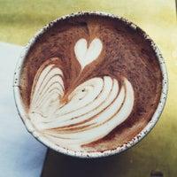 Das Foto wurde bei Stumptown Coffee Roasters von Gab B. am 10/19/2012 aufgenommen