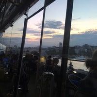 รูปภาพถ่ายที่ Oxo Tower Restaurant โดย Bianca เมื่อ 6/17/2016
