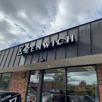 Foto tirada no(a) Zenwich por Erik R. em 10/18/2019