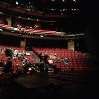 Снимок сделан в Vivian Beaumont Theater пользователем Grace C. 11/25/2012