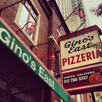 Foto tomada en Gino's East por Daniel P. el 8/12/2013