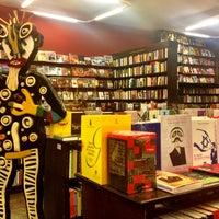 Foto tirada no(a) Librería El Virrey por Esther V. em 8/15/2013