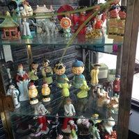 Foto scattata a Madame Zuzu's Tea House da Ozzy il 5/25/2013