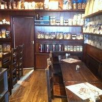 1/31/2013에 Jonathan W.님이 Flavours of Naples에서 찍은 사진